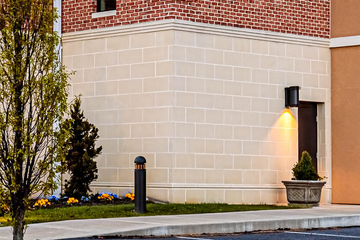 Picture of a Cast Stone wall on the outside of a hotel in Hershey, Pennsylvania